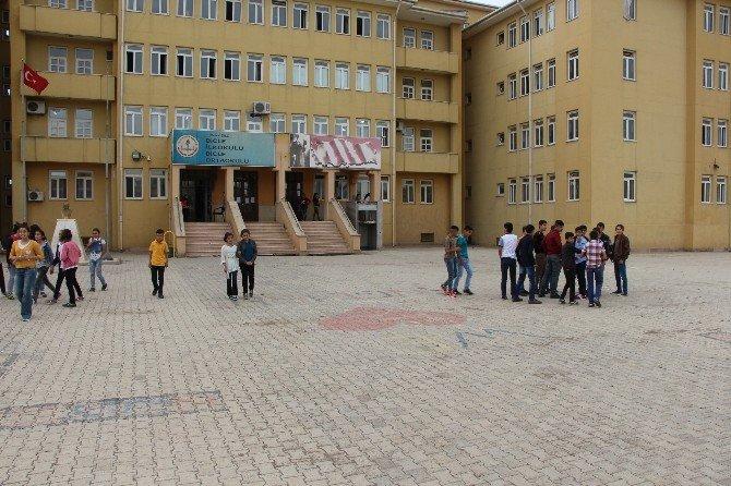 TEOG'a Giren Silopili Öğrenciler, Mazeret Sınavı İstiyor