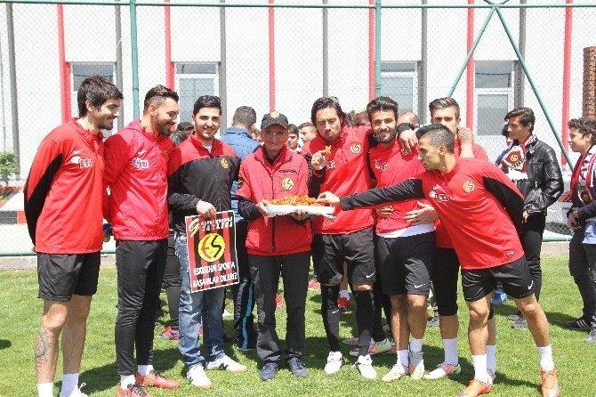 Siyah Kırmızılılar Trabzon Maçının Hazırlıklarını Sürdürüyor
