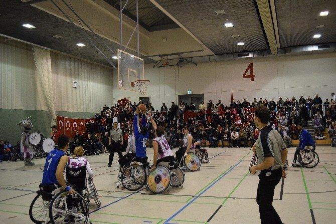 TSK Tekerlekli Sandalye Basketbol Takımı Başarından Başarıya Koşuyor