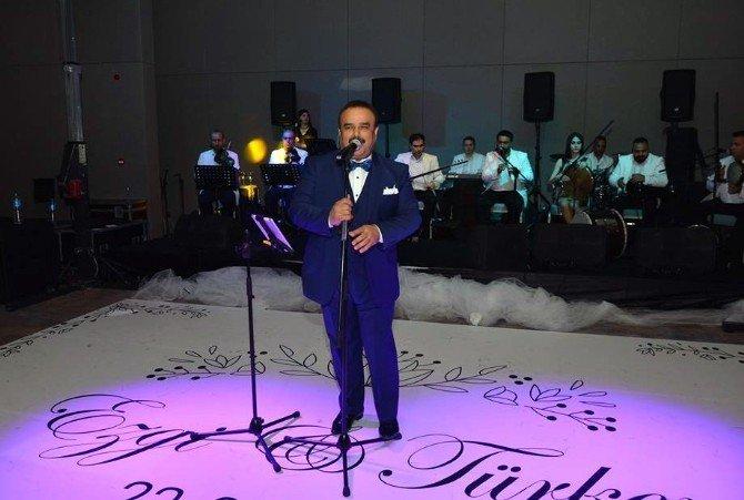 Bülent Serttaş Rixos Thermal Eskisehir'de Sahne Aldı
