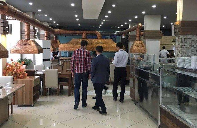Yanan Restoran Yeniden Hizmete Açıldı