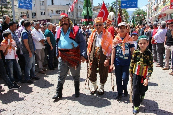 Kumluca'da Yörükler Göç Etti