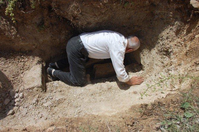 30 Yıllık Mezarı Açmak İstediler