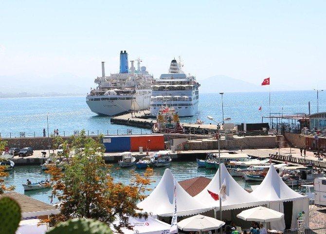 Alanya'da Kruvaziyer Turizmi Sürüyor