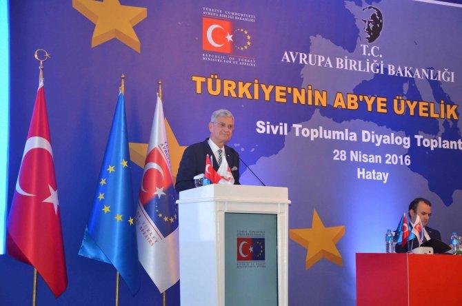AB Bakanı Bozkır: Sivil toplum olmadan demokrasi olmaz