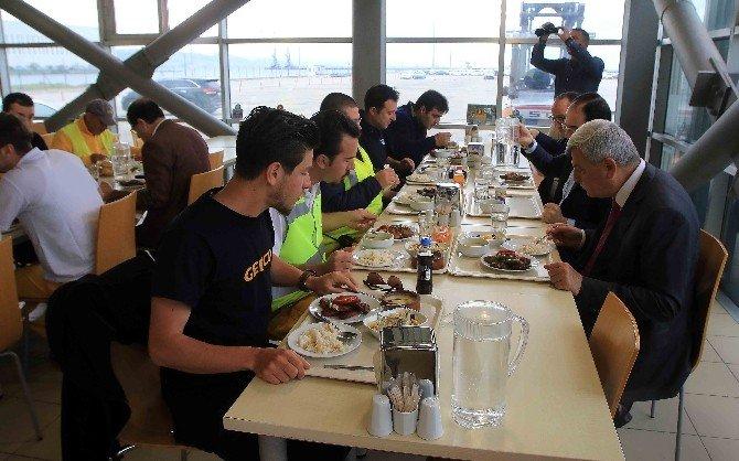 Başkan Karaosmanoğlu, Autoport Çalışanlarıyla Bir Araya Geldi
