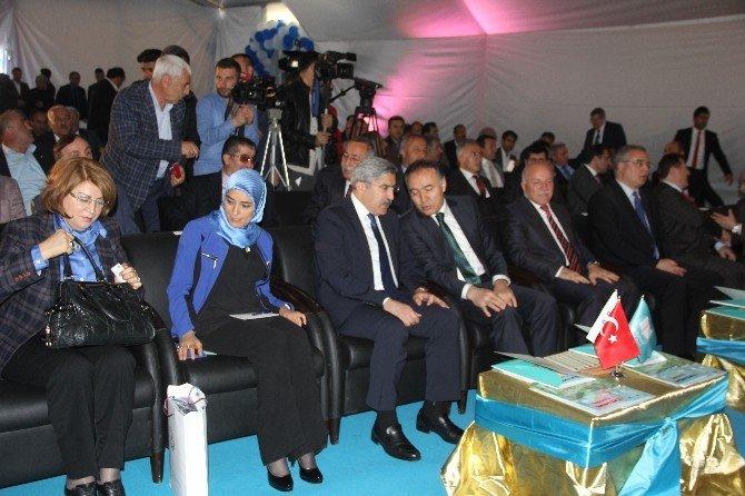 Doğu Anadolu Bölgesi'nin En Kapsamlı Kitap Fuarı Erzurum'da Açıldı