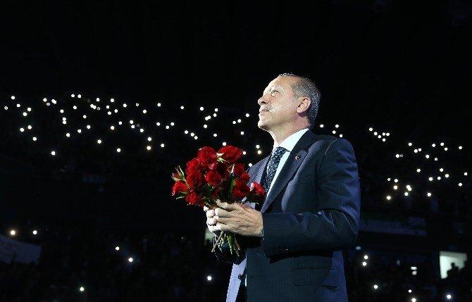 """Cumhurbaşkanı Erdoğan: """"Onlar, Tarihin Tozlu Raflarına Havale Edildi"""""""