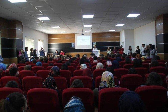 Cumhuriyet Üniversitesi'nde Yabancı Öğrenciler Ağırlandı