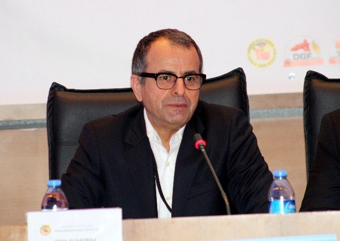 "Nuh Albayrak: ""Medya Bal Gibi Yönlendirir"""