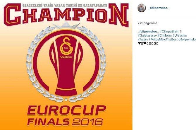 Galatasaray'a Sosyal Medyadan Mesaj Yağdı