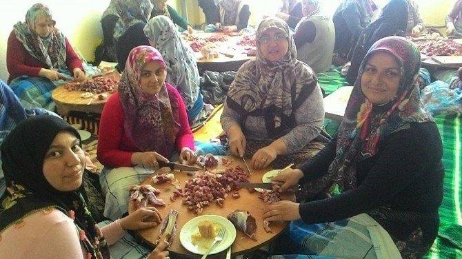 Hisarcık'taki Şükür Duasına Kadın Desteği