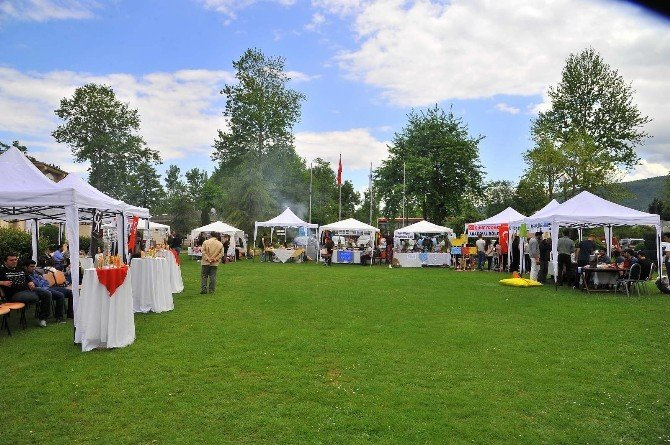 Kırkpınar'da 'Geleneksel Turizm Haftası Şenliği' Düzenlendi