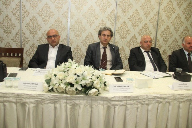 Genel Sekreter Yardımcısı Mengüç, İlçe Başkan Yardımcılarıyla Buluştu