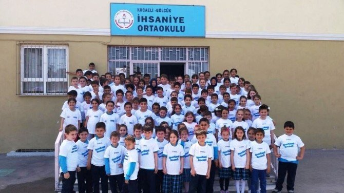 Ücretsiz Spor Okulları Ailesi Büyüyor