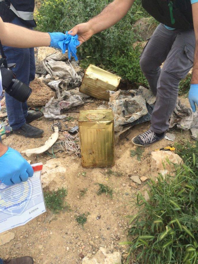 Derik'te bulunan düzenekli patlayıcı imha edildi