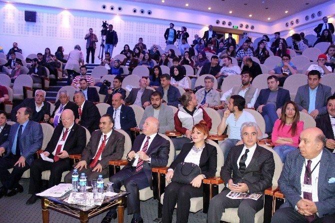 Dagc'den 'Medya Etiği Ve Pozitif Habercilik' Paneli…