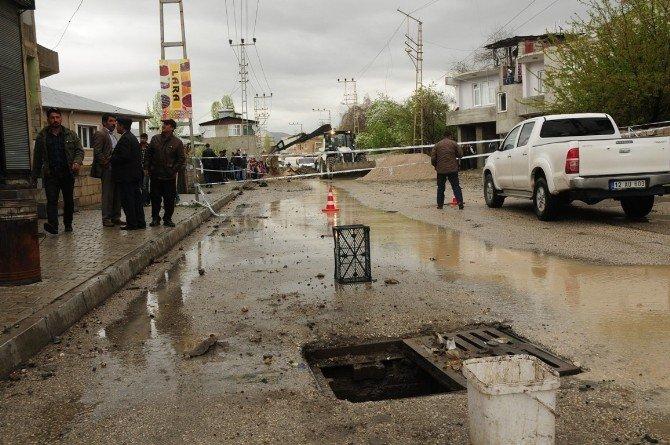 Van'da Yaşanan Patlamanın Şiddeti Gün Ağardığında Ortaya Çıktı