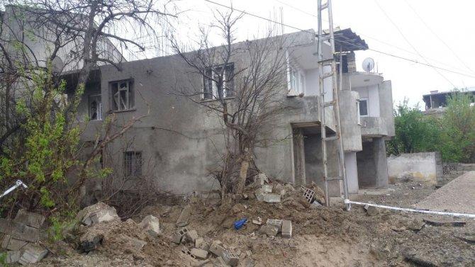 Van'daki patlamanın şiddeti gündüz ortaya çıktı