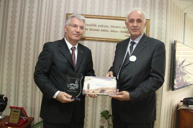 Büyükşehir Başkan Vekili, Kosava'dan Gelen Heyeti Ağırladı