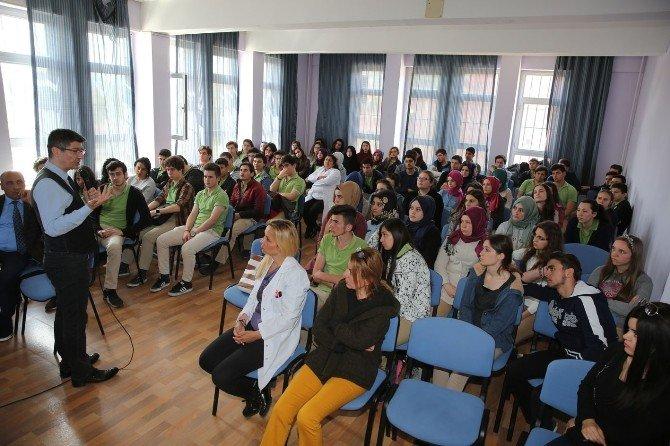 Öğrencilere Sınav Stresi Eğitimi Verildi