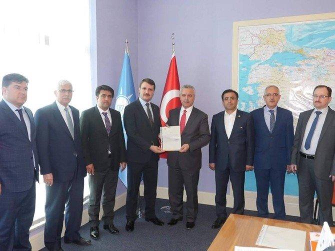 AK Parti Mersin'de İki İlçeye Atama