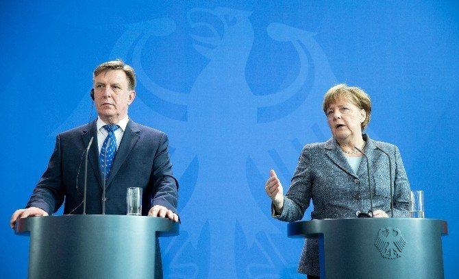 Letonya Başbakanı Kucinskis'ten İlk Resmi Ziyaret Almanya'ya