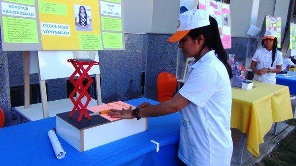 Siverek'te TÜBİTAK Bilim Fuarı