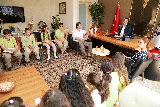 Bodrum'da Öğrenciler, Yerel Yönetimi Başkandan Öğrendi