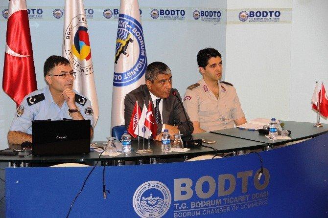 Bodrum'da Güvenlik Güçleri Sezon Öncesi Esnafla Bir Araya Geldi