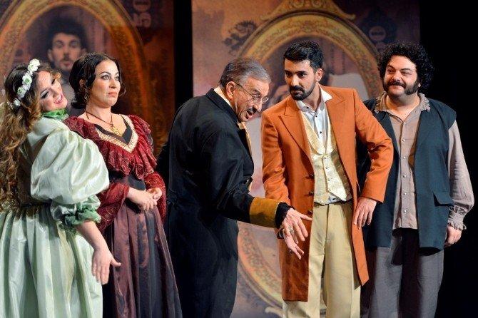 Nilüfer Tiyatro Festivali'nde Oyunları 17 Bin 500 Kişi İzledi