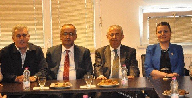 CHP Milletvekillerinin Gebze Ziyareti