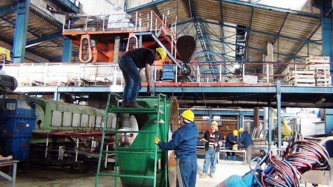 Erciş Şeker Fabrikasında İki Saat Fazla Çalışma Eylemi
