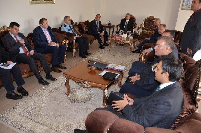 Erzincan'da 1 Mayıs Öncesi Güvenlik Toplantısı Yapıldı