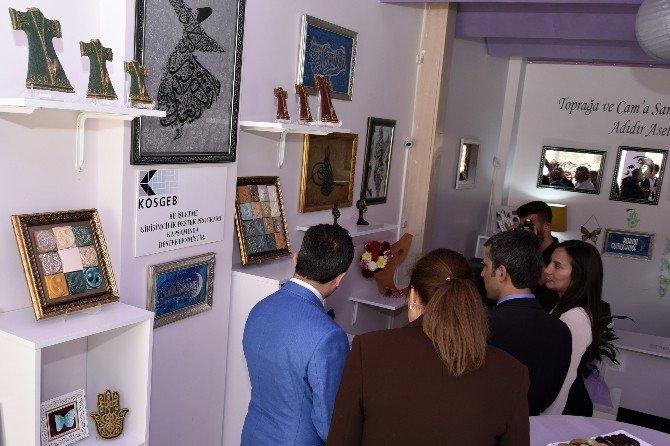 Gümüşhane'nin İlk Seramik Ve Cam Atölyesi Açıldı