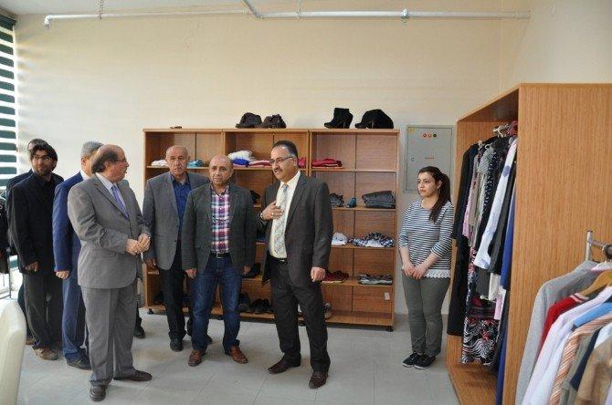 Üniversite Butik'in Açılışı Yoğun İlgi Gördü