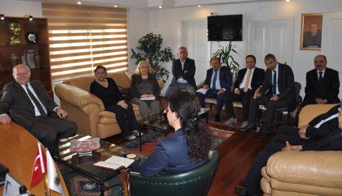 Kartal Belediyesi Esnafın Sorunlarını Dinliyor