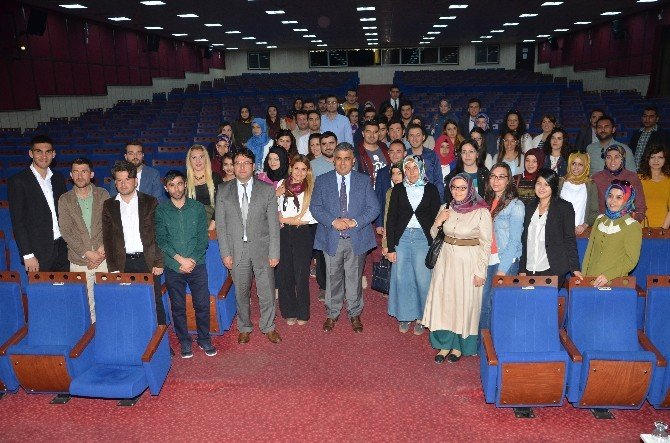 Başkan Özgüven'den Genç Öğretmenlere Kariyer Dersi