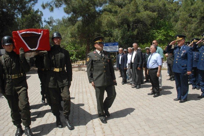 Kore Gazisi Askeri Törenle Toprağa Verildi