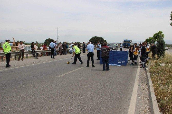 Okuldan Dönen Öğrenciye Araba Çarptı