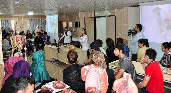 Meram Tıp Fakültesi Lise Öğrencilerine Kapılarını Açtı