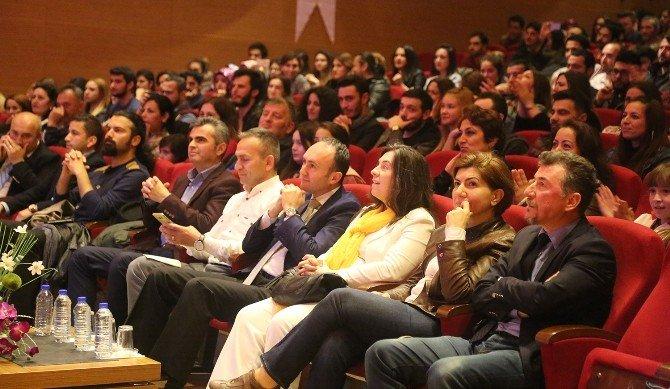 Müzik Ve Sahne Sanatları Fakültesi'nden Tiyatro Ve Konser
