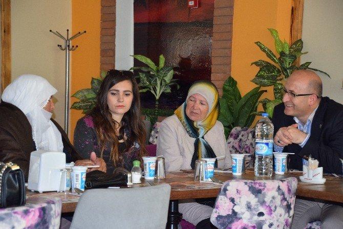 Aliağa'da Şehit Ailelerine Özel Yemek