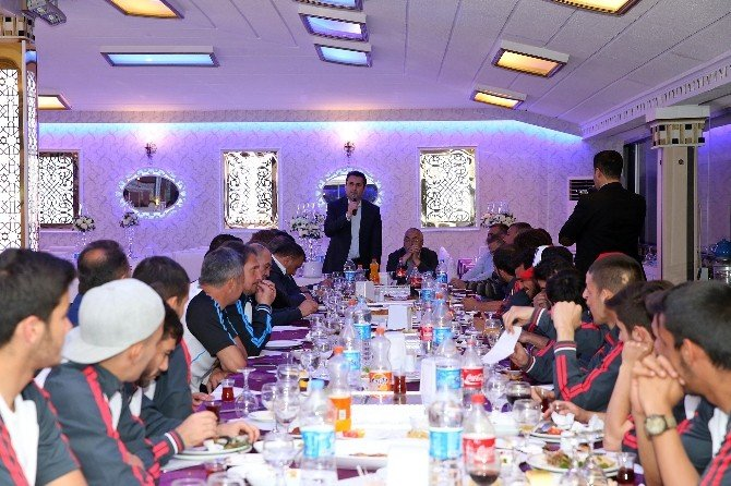 Tokatspor'a Moral Yemeği
