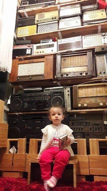 Nostaljik Radyo Merakı Koleksiyon Sahibi Yaptı