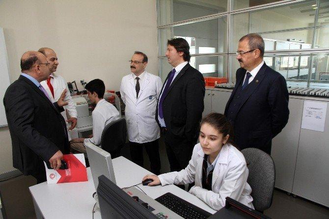 TÜBİTAK Marmara Teknokent Genel Müdürü Sanko Okullarında