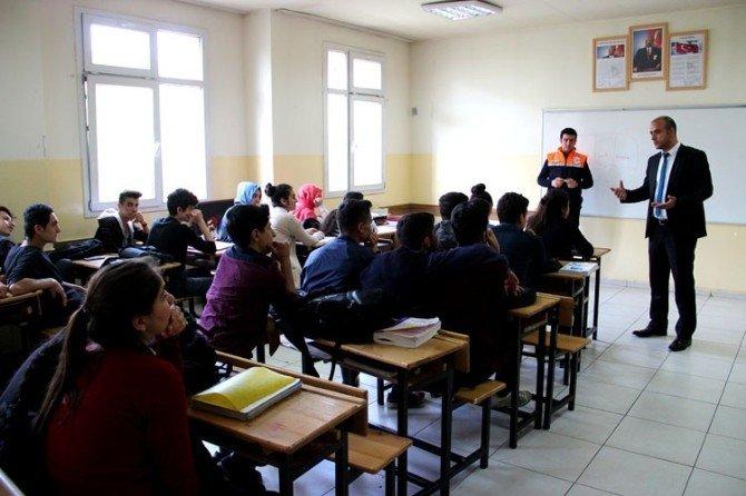 """AFAD'ın """"Afete Hazır Okul"""" Projesi Devam Ediyor"""