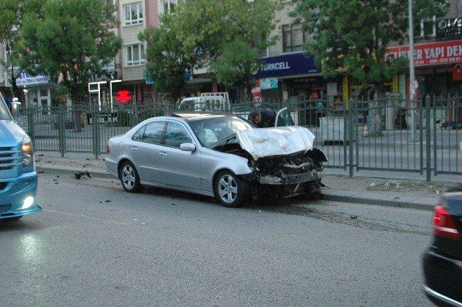 Başkent'te Trafik Kazası: 2 Yaralı