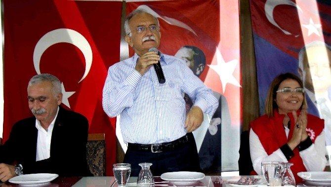 Başkan Karabağ Belediye Çalışanlarıyla Buluştu