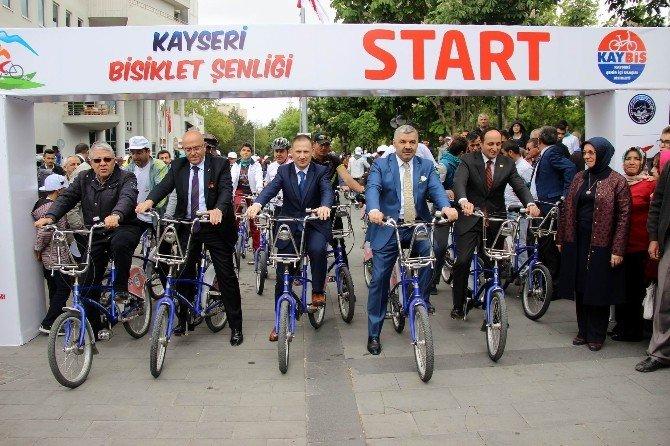 Kayseri'de Bisiklet Şenliği Yapıldı